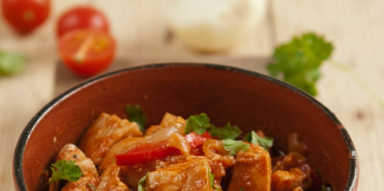 Sauté de dinde à la tomate