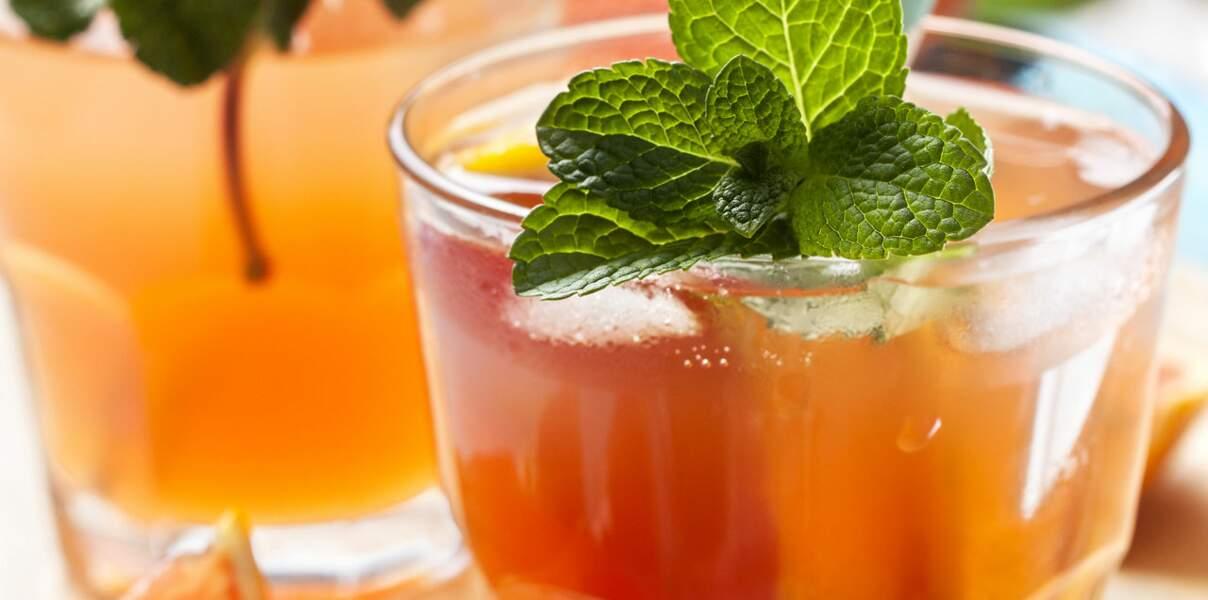 Cocktail thé vert aux agrumes