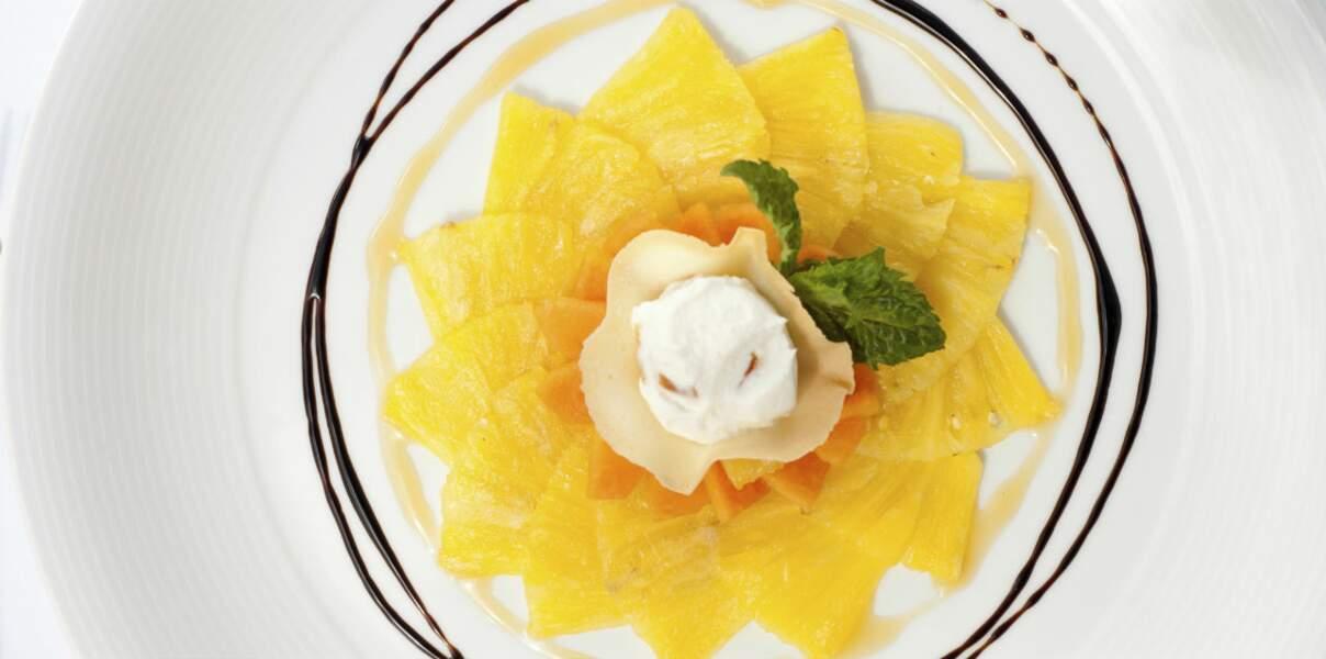 Carpaccio d'ananas au piment d'Espelette pour diabétiques
