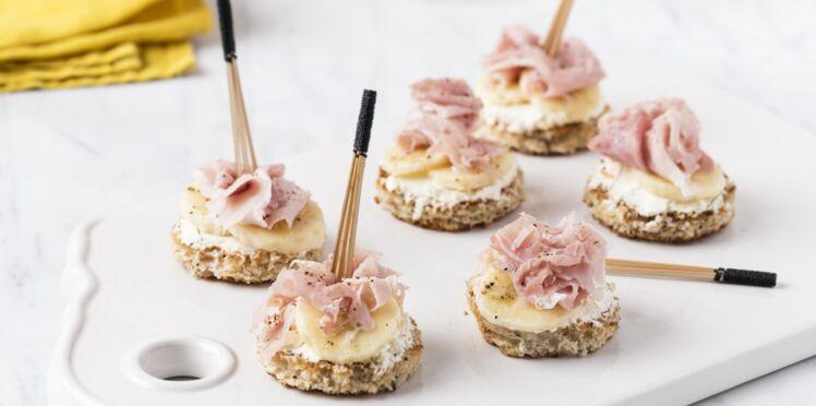 Mini-toast banane, jambon blanc et fromage frais