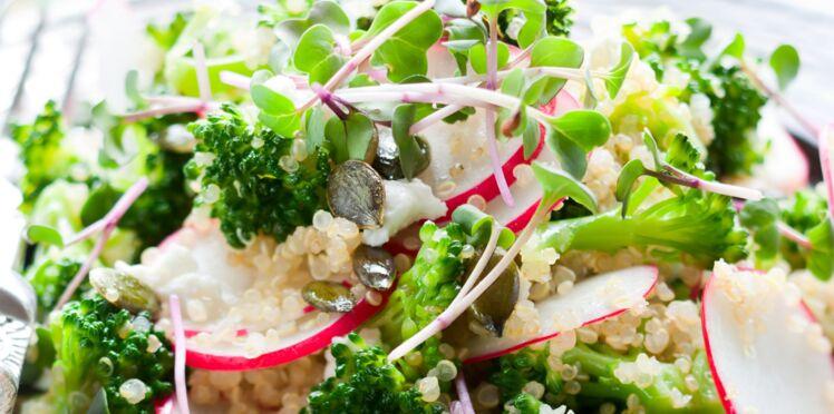 Salade de brocolis, radis et feta