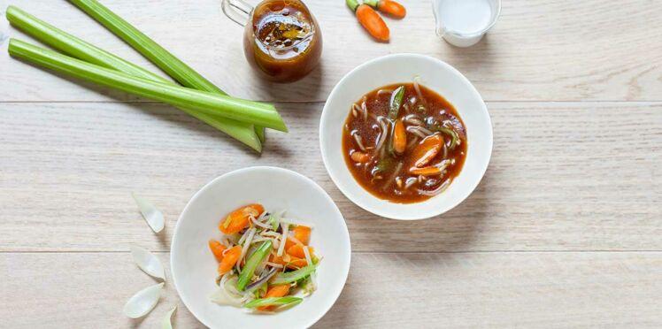 Soupe thaï aux légumes et bouillon au lait de coco de Julia Sedefdjian
