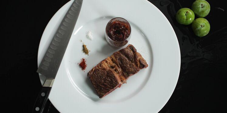 Côte de boeuf à la sauce barbecue aux prunes