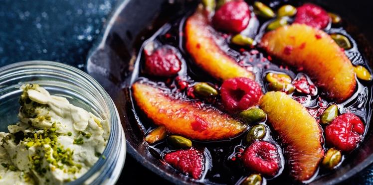Crème de mascarpone à la pistache, oranges et framboises poêlées de Christophe Adam