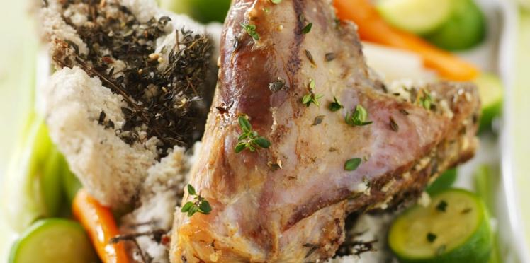 Souris d'agneau en croûte de sel et ses petits légumes printaniers