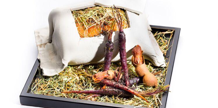 Selle d'agneau au foin cuite en croûte d'argile et jus acidulé au tamarin de Stéphane Pitré