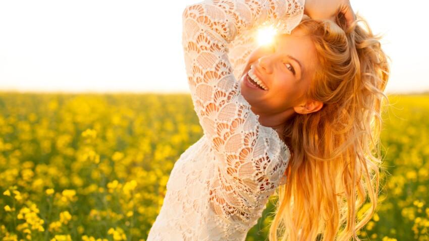 Cheveux canons : 10 astuces à adopter cet été