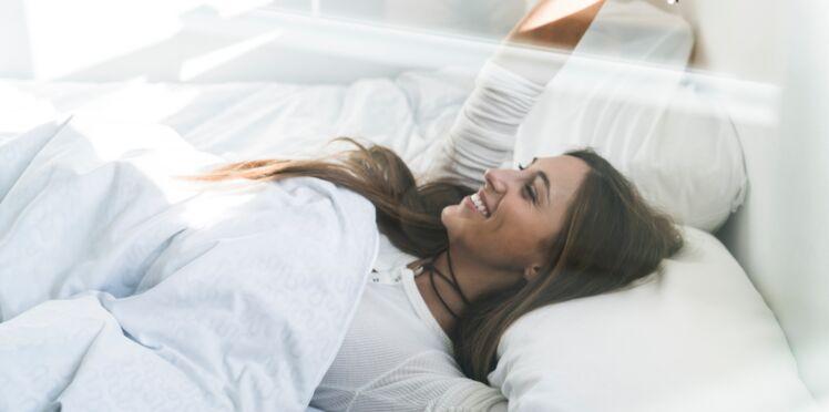 Comment être belle au réveil : 5 astuces qui changent tout