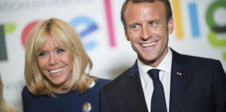 Photos – Emmanuel et Brigitte Macron : découvrez les clichés de la fameuse piscine de Brégançon