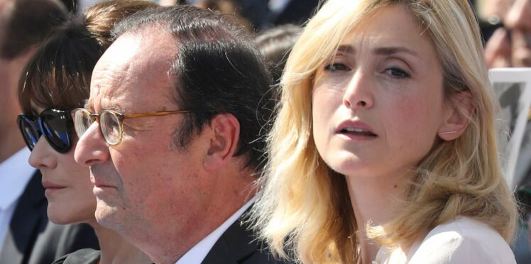 Photos – Julie Gayet et François Hollande ne se cachent plus et prennent la pose avec des touristes
