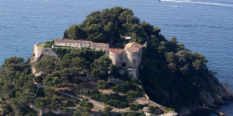 Ouverture d'une enquête suite au survol du fort de Brégançon par un drone