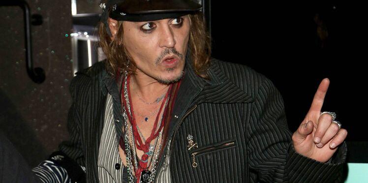 Johnny Depp de nouveau accusé de violences, la sortie de son film repoussée