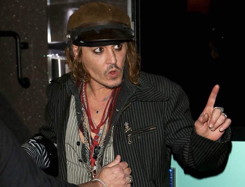 Johnny Depp de nouveau accusé de violences