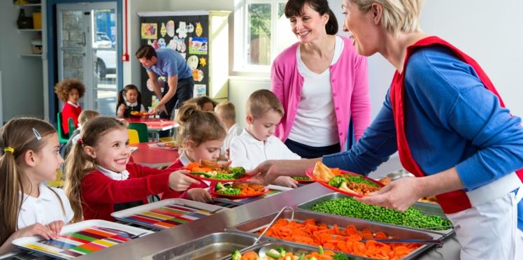 Cantine scolaire gratuite pour les enfants des familles modestes ?