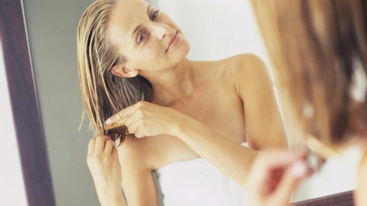 Pourquoi laisser ses cheveux sécher à l'air libre est une mauvaise idée
