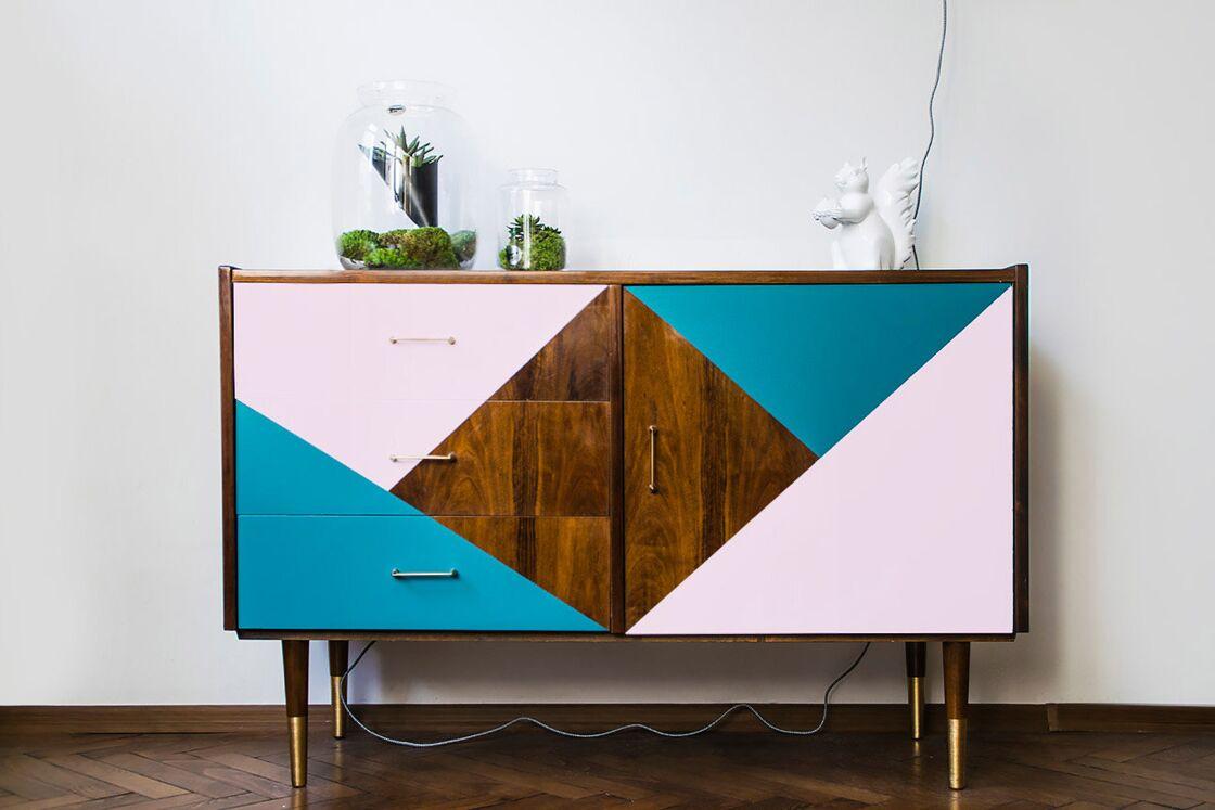 Peindre Un Vieux Meuble En Bois 7 façons de repeindre un meuble en bois : femme actuelle le mag