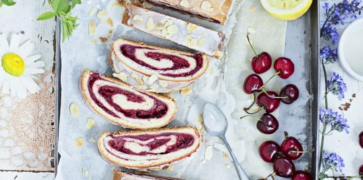 Gâteau roulé à la cerise sans beurre
