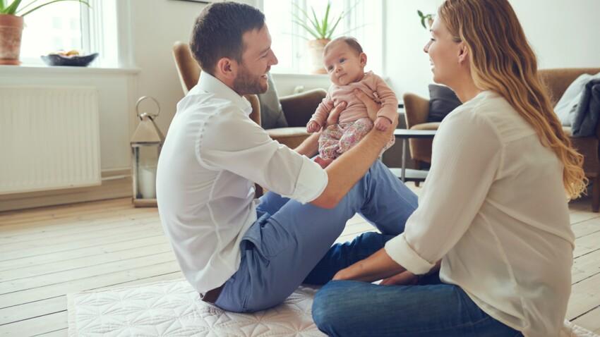 Peut-on mettre un bébé en position assise ?