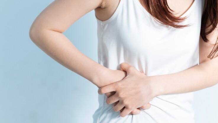 Mal aux ovaires : les symptômes qui doivent pousser à ...