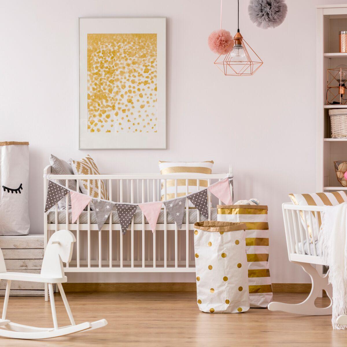 Mobile Bébé À Suspendre Au Plafond déco bébé : 6 idées diy pour sa chambre : femme actuelle le mag