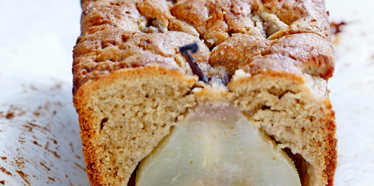 Cake aux poires et noisettes