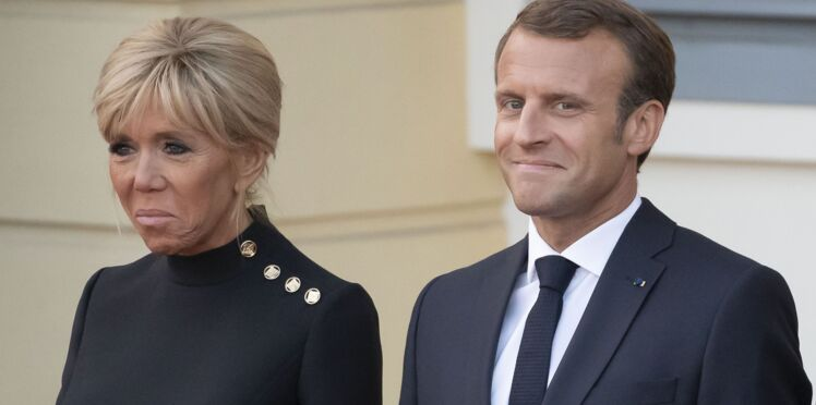 Photos - Brigitte Macron, son look sans faute en petite robe noire