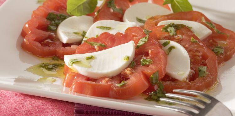 Tomates cœur de bœuf en salade