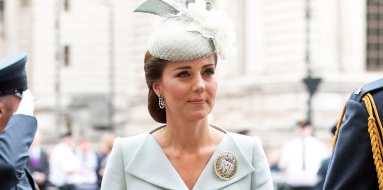 Kate Middleton : son astuce toute simple pour ne pas glisser dans ses chaussures à talons
