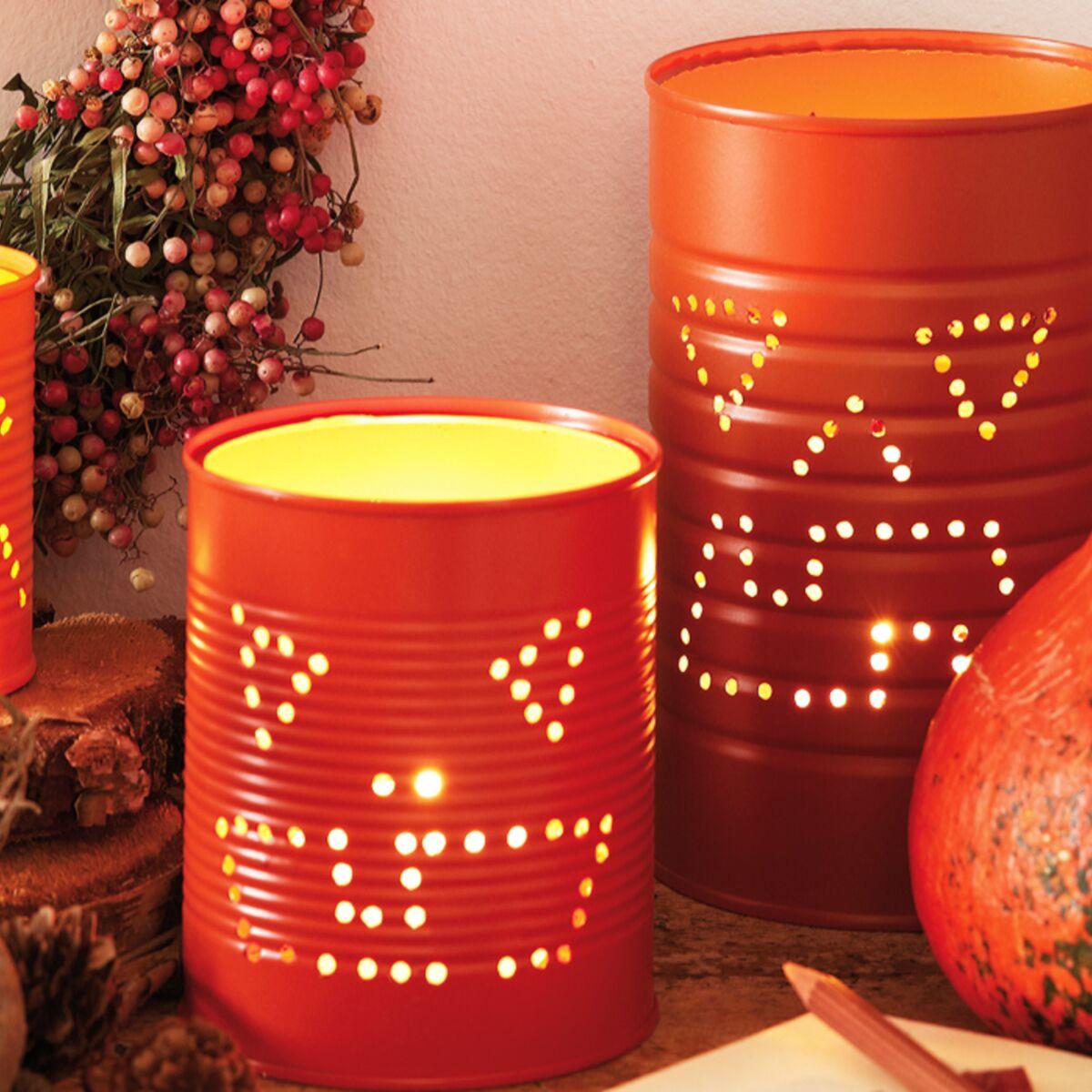 Comment Décorer Des Boites De Conserve bricolage d'halloween : une lanterne dans une boîte de