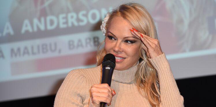 Pamela Anderson et Adil Rami dans la tourmente : le couple est-il vraiment séparé ?