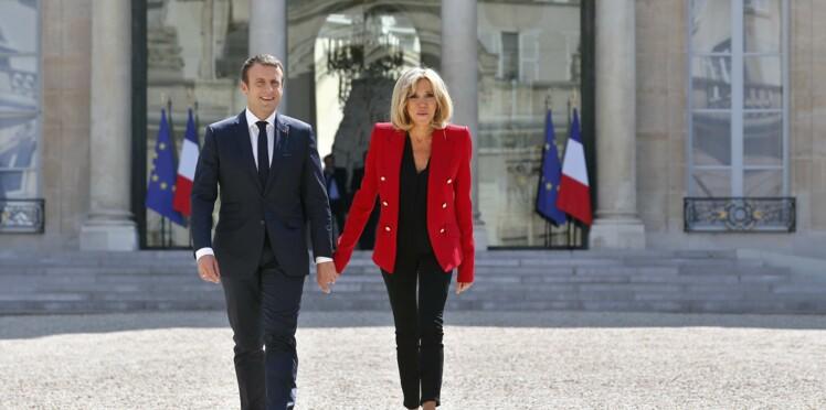 Brigitte et Emmanuel Macron vont vendre des objets made in Élysée