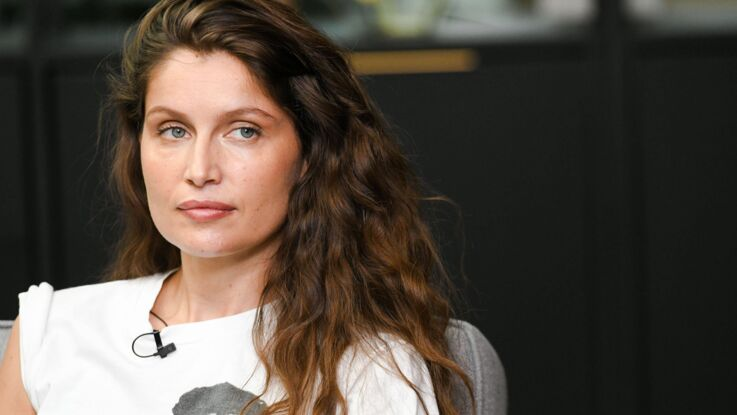 Photos - Laetitia Casta, ultra sexy en cuir au bras de son mari Louis Garrel