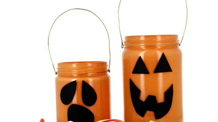 Déco d'Halloween à faire soi-même : un pot à bonbons 100% récup