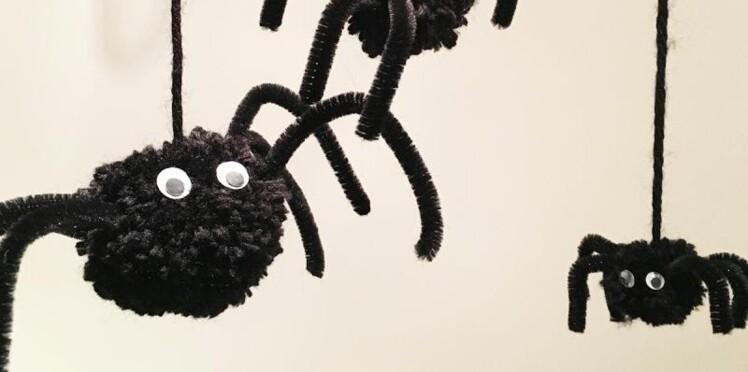 bricolage d 39 halloween des araign es faciles faire avec. Black Bedroom Furniture Sets. Home Design Ideas