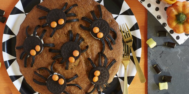 Un gâteau araignées pour Halloween, facile et rapide