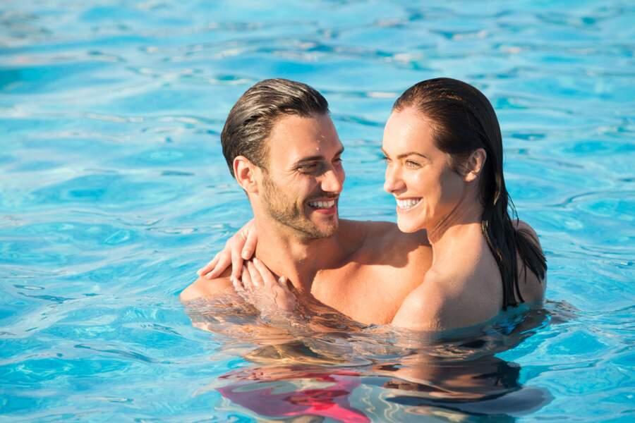 Faire l'amour dans l'eau: grossesse et IST, attention!