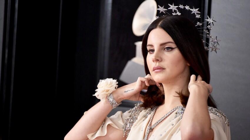 PHOTO - Lana Del Rey méconnaissable sans maquillage