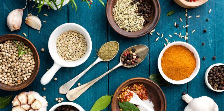 Algues, graines, épices… 7 aliments qui remplacent le sel