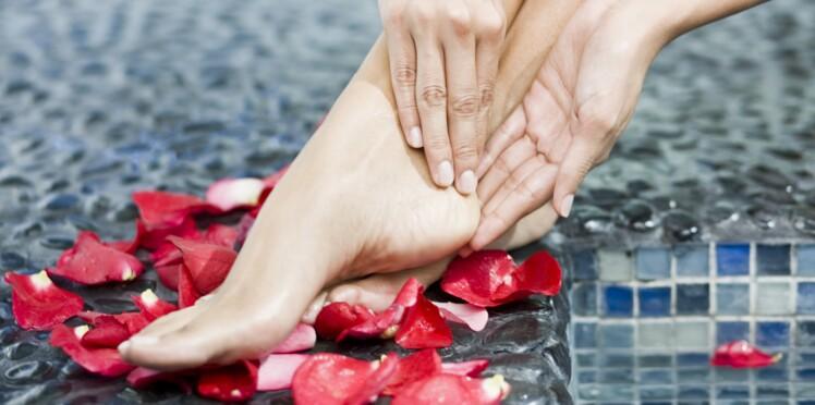 Soins, vernis... 8 astuces pour avoir de jolis pieds