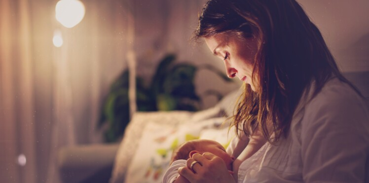 Colostrum : les nombreux bienfaits de ce premier lait maternel pour bébé