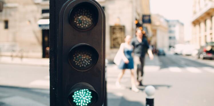 Saviez-vous qu'un piéton qui traverse au feu vert peut se faire verbaliser ?