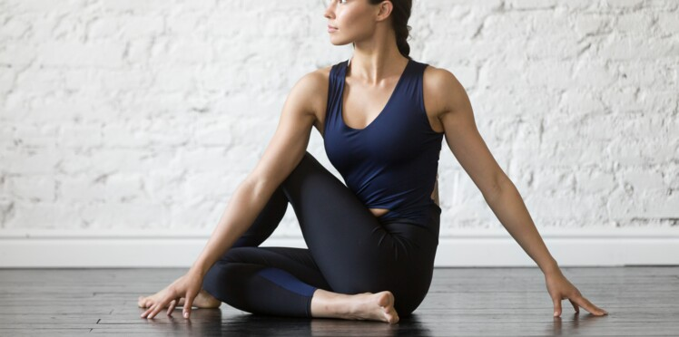 Le yoga fait-il maigrir     Femme Actuelle Le MAG 7ef02bcbfa7
