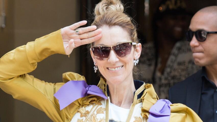 Céline Dion, métamorphosée pour son grand retour : pantalon jogging lamé, escarpins rouges et tee-shirt rock...