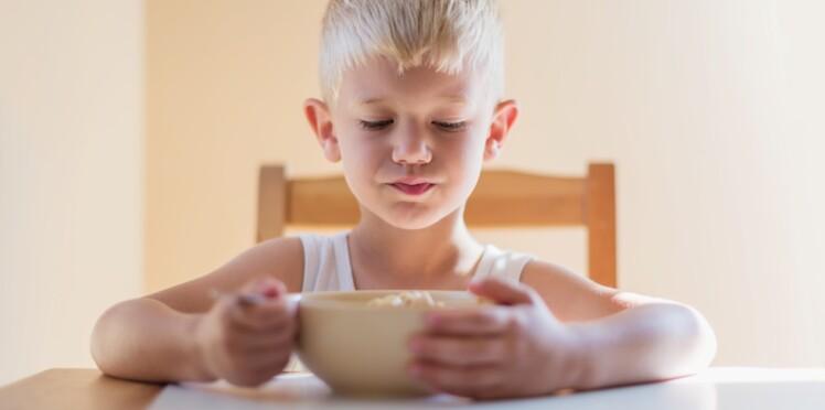 Mon enfant n'a jamais faim le matin, que faire ?