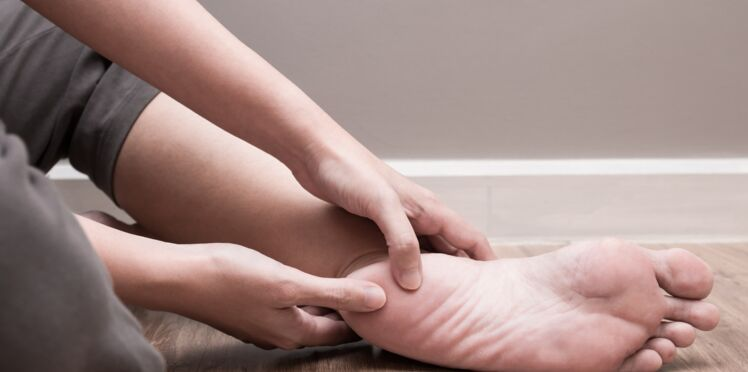Douleurs aux pieds : comment s'en débarrasser ?