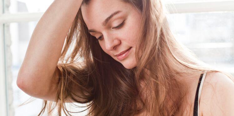 Chute de cheveux : 8 astuces pour avoir de beaux cheveux cet hiver