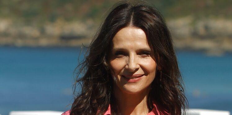 Juliette Binoche : à 54 ans, elle ose un maxi décolleté très sexy