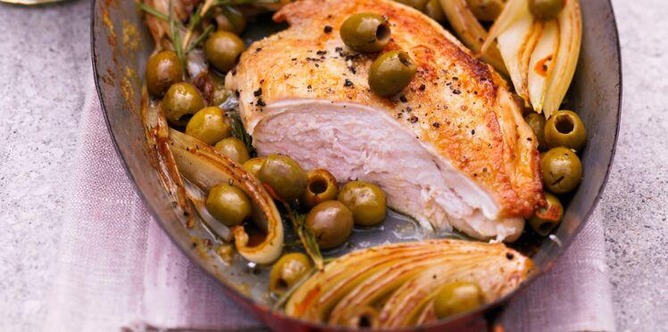 Suprêmes de poulet au fenouil braisé