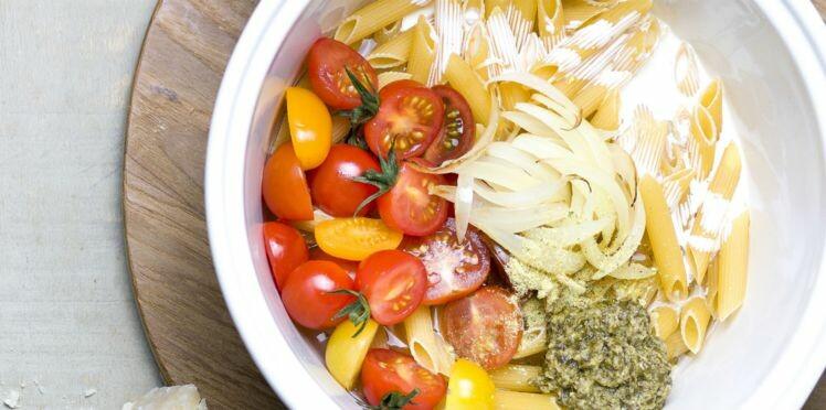 Aux légumes, au poulet, light... 15 recettes de one pot pasta, et basta !
