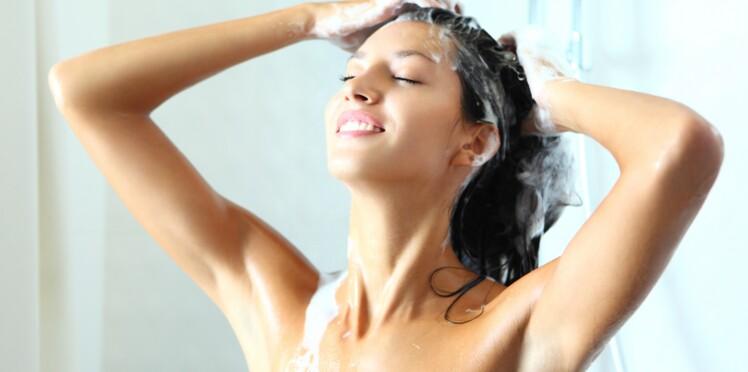 Masque, conditionneur, shampooing sec : comment bien les utiliser ?